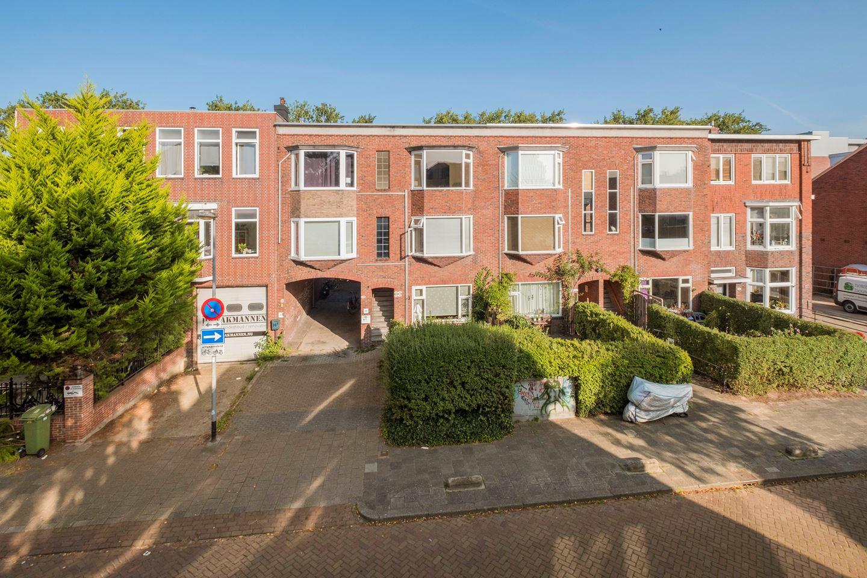 HELPER OOSTSINGEL – Prachtig licht appartement gelegen in het gezellige Helpman